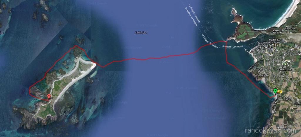 Randonnée en kayak de mer en Bretagne, aller de Porz Liogan à l'île de Béniguet.