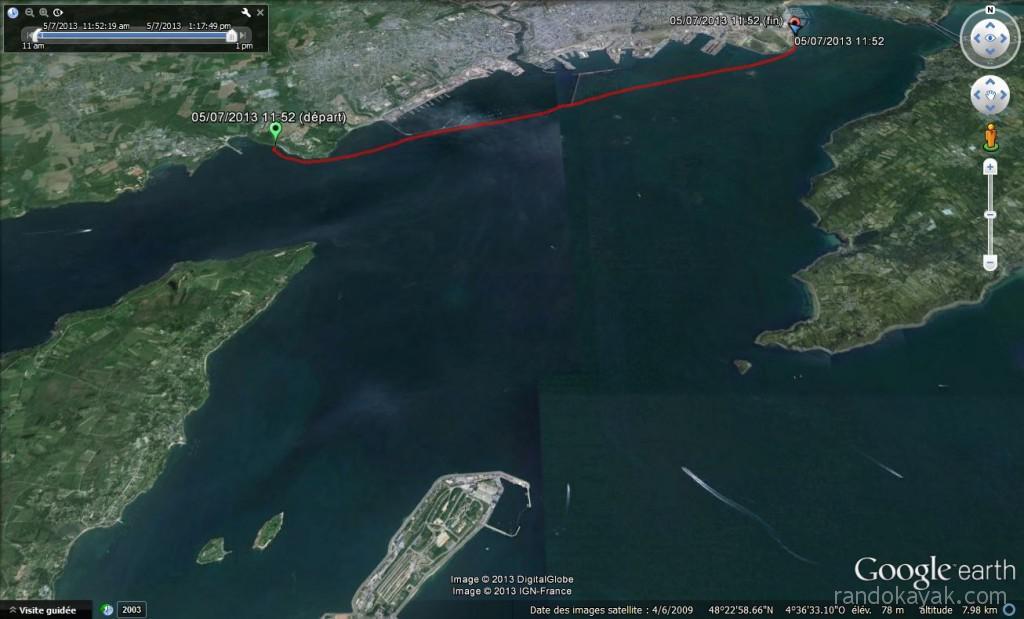 Tracé de notre randonnée en kayak de mer, de Brest à l'île des morts. Retour à partir du phare du Portzic en longeant la digue du port militaire de Brest.