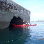 Jef avec son kayak de mer aux Ducs d'Albe