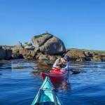 extra, le phoque passe sous l'eau, tout près de mon kayak !