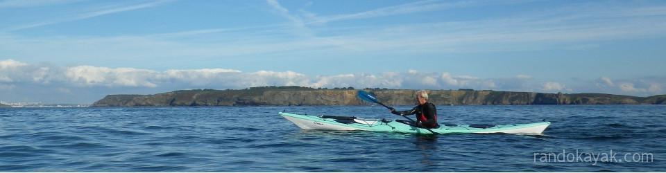 Dans le goulet de Brest, en randonnée en kayak.