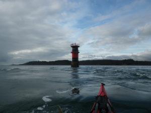 Dans le Goulet, lors de notre randonnée en kayak de mer à la pointe du Diable