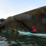 Kayaks de mer de randonnée dans l'abri de Porz Meur.