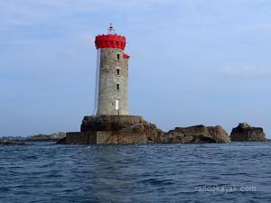 Phare de la Croix, situé entre l'île de Bréhat et Ploubazlanec (22)
