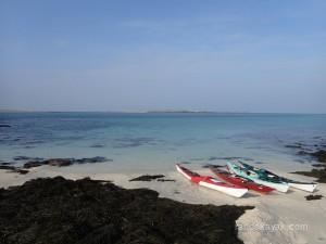 kayaks de mer à l'île de Litiri