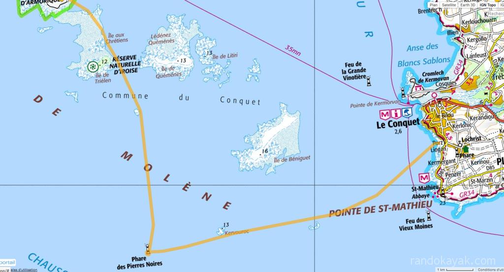 Randonnée solitaire en kayak de mer - de l'île Molène à Porz Liogan, en passant par le phare des Pierres Noires