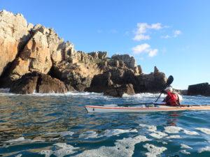 Randonnée en kayak de mer et rase cailloux à la pointe de Dinan.