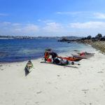 Tour de Bretagne en kayak de mer, 17 juillet, pause à l'île d'Yorc'h.