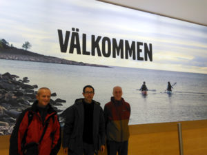 Jean Michel, Stefan et Jef à leur arrivée à l'aéroport de Göteborg - photo de Séverine