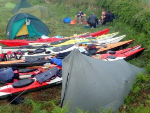 tarp tente et tipi, bivouac kayak de mer à Molène en mai 2018
